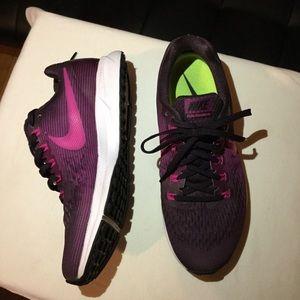 Nike Women´s Air Zoom Pegasus 34 Running Shoe S9
